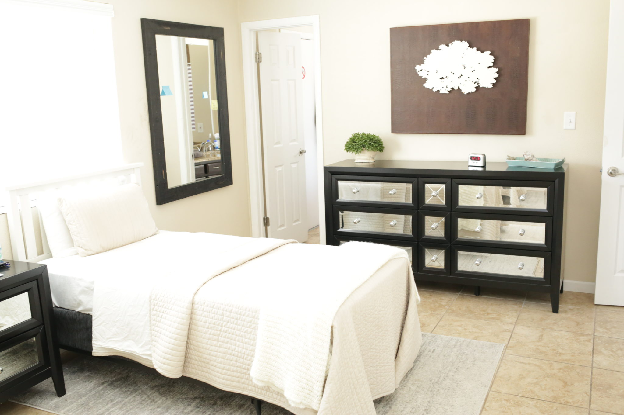 Scottsdale Recovery Center Female Room